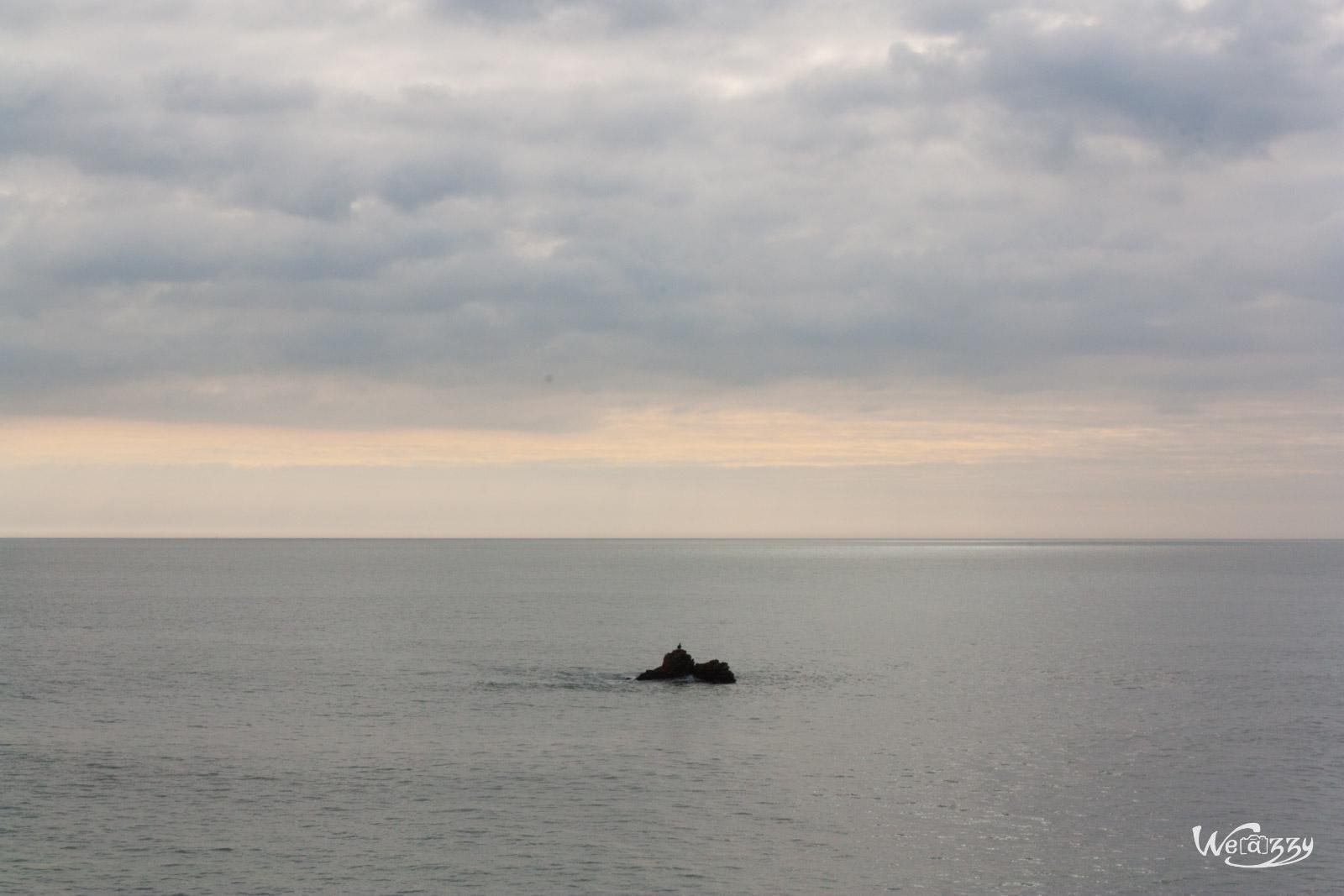 Petit rocher solitaire