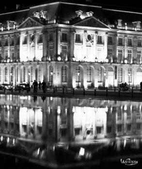 Bordeaux, France, Quais