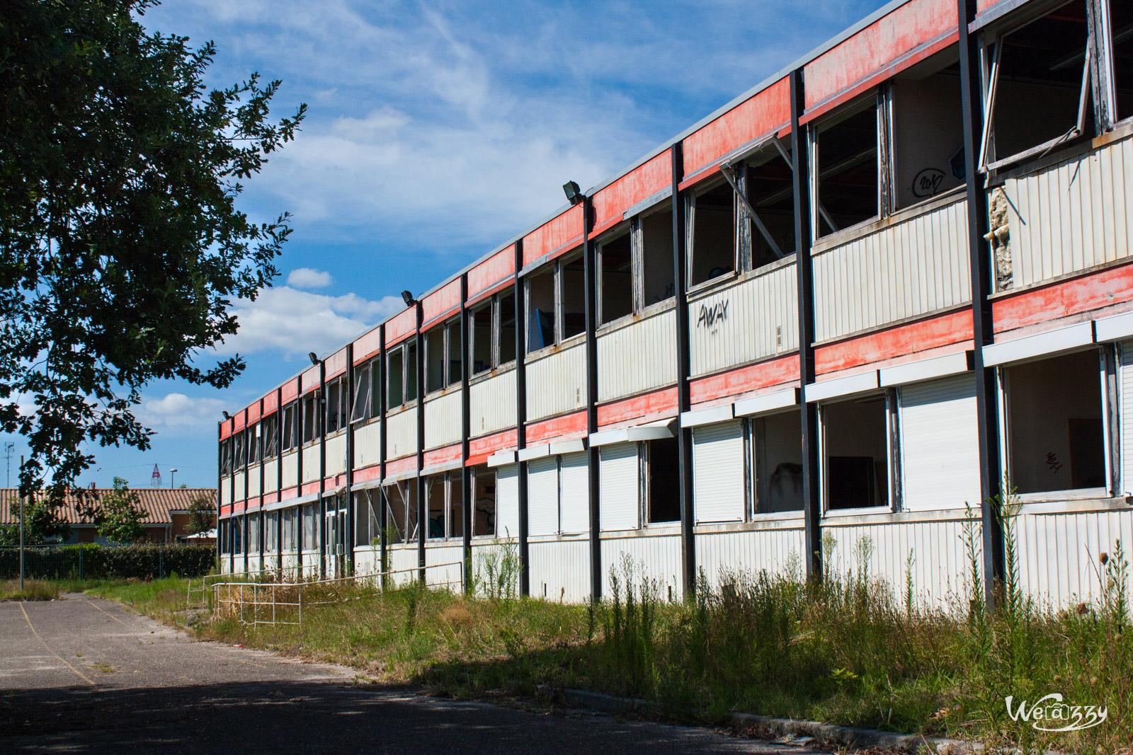 Cours d'été dans un collège abandonné