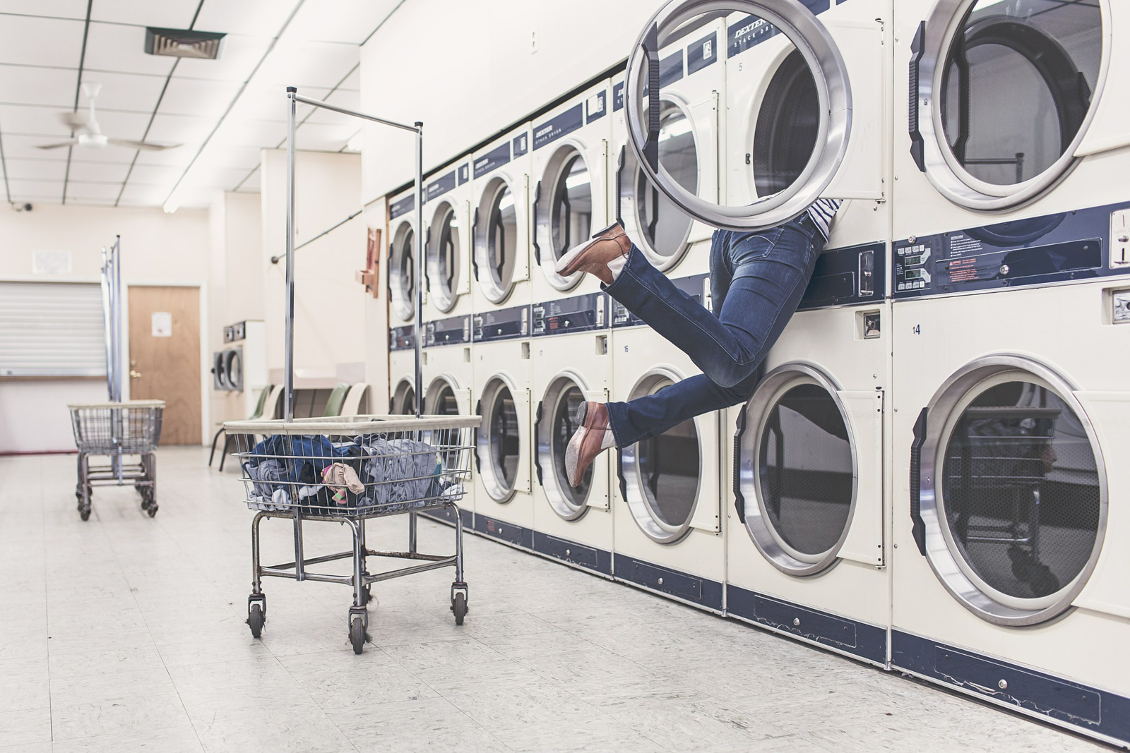 Le billet porte-nawaak – Le lave-linge, ce tueur si pratique